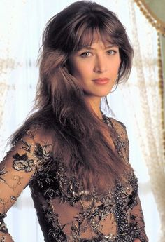 James Bond Girl n°19 - Sophie Marceau est Elektra King (1999) - Le monde ne suffit pas (The World Is Not Enough)
