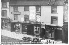 """Parliament Street, Nottingham, c.1900. Joseph Oakland is believed to have owned """"The Dove and Rainbow Inn"""" (No. 18, far left) c.1825. Image obtained from Picture the Past web site: http://www.picturethepast.org"""