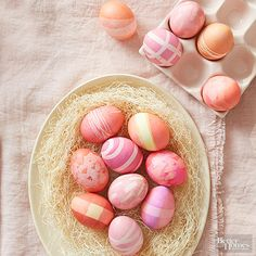 Decorating Easter eggs isn't just for kids. These grown-up egg decorating ideas can be done using supplies you probably already have at home, plus you'll love how pretty these genius hacks make your eggs. Easter Egg Dye, Coloring Easter Eggs, Hoppy Easter, Egg Crafts, Easter Crafts, Bunny Crafts, Kids Crafts, Christmas Crafts, Egg Decorating