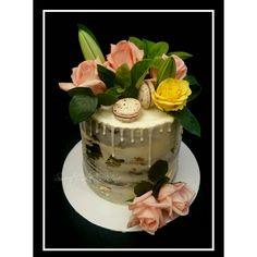 Naked bridal shower cake  #flowers #macarons #goldleaf www.sweetcakeomine.net
