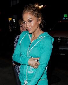 Jennifer Lopez Her fifth studio album, Como Ama una Mujer received the highest first-week sales for a debut Spanish album in the United States Electronic Cigarette, Jennifer Lopez, Spanish, United States, Prom Dresses, Sporty, Leather Jacket, Street Style, Album