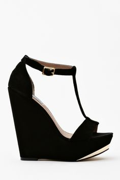 Amore Platform Wedge ...now go forth & share the BOW & DIAMOND style ppl! Lol xx