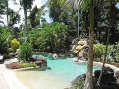 How'd they get the pool from my dream on the internets? Backyard Beach, Backyard Pool Designs, Backyard Paradise, Swimming Pool Designs, Beach Entry Pool, Natural Swimming Pools, Above Ground Swimming Pools, Tropical Pool Landscaping, Backyard Landscaping