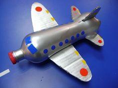Resultado de imagen para aviones hechos de conos de cartón