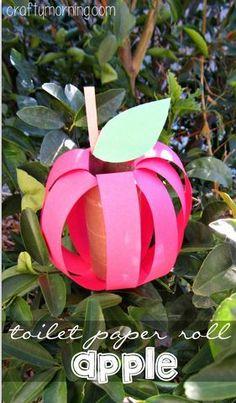 DIY Apple Toilet Paper Roll Craft #Fall craft for kids | http://CraftyMorning.com