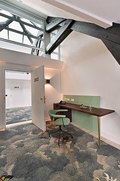Ege Carpets Te koop bij www.cdinterieurs.nl