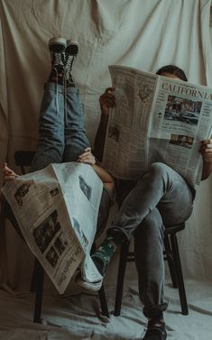 Newspaper photoshoot photography at home. Couple photography ideas. Photography Ideas At Home, Concept Photography, Creative Portrait Photography, Couple Photography, Photoshoot Concept, Couple Photoshoot Poses, Creative Self Portraits, Newspaper Photo, Creative Photoshoot Ideas