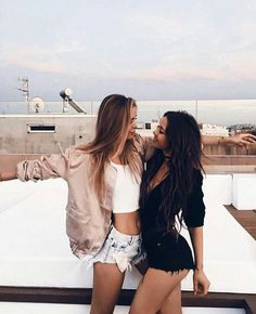 Imagen de girl, friends, and bff