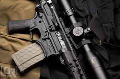 FDE Hexmag 7.62x51 NATO Magazine in this Ascend Armory AR10 build from Down Range Photography