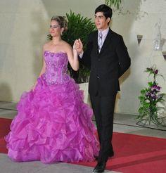 15 Anos de Vitória Maia * Inspiração: Princesa * Vestido: D'Glamour * North Buffet * Foto: Julinho Filho * Fortaleza/Ce