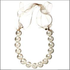 amanda Pearl Gobstopper Pearl Lei - Gold Organza - if this isn't so Jackie O modern I don't know what is! xoxo