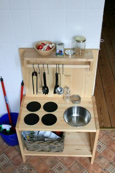 diy: a simple, wooden playkitchen . maybe this is more in our league lol @ Lacie . diy: a simple, wooden playkitchen . maybe this is more in our league lol @ Lacie McAvoy diy: a simple, wooden playkitchen . maybe this. Diy Kids Kitchen, Kitchen Sets For Kids, Wooden Play Kitchen, Mud Kitchen, Kitchen Ideas, Kitchen Designs, Toddler Kitchen, Pretend Kitchen, Kitchen Cabinets