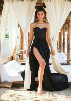 Zendaya In A Fashion Black Prom Dress When Shooting For Modeliste Magazine Cover Black Evening Dresses, Black Prom Dresses, A Line Prom Dresses, Cheap Prom Dresses, Strapless Dress Formal, Dress Black, Formal Dresses, Wedding Dresses, Wedding Flowers