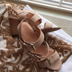 """BCBG beautiful leather strap sandals Gorgeous nude tone leather BCBG generation strapped sandals. Stack heel. Silver hard wear buckles. 3 1/4 """" heel. Nice cushioned footbed. Never worn. Size 8 1/2. Reasonable offers considered. No low balling please. Tks! BCBGeneration Shoes Sandals"""