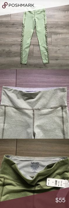 NWT Splendid Rouched Twisted Side Panel Leggings ✨ Brand new, never worn ✨ Wide waistband with hidden pocket ✨ Light but thick fabric - definitely squat proof ✨ Measurements available upon request Splendid Pants Leggings