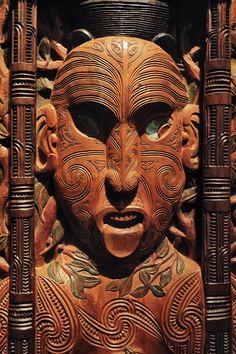 Te Papa Museum, Wellington, New Zealand 2012 Maori Face Tattoo, Maori Symbols, Sculptures, Lion Sculpture, New Zealand North, Maori Art, Kiwiana, Aboriginal Art, Folk Art