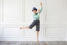 てんとん写真館 Capri Pants, Fashion, Moda, Capri Trousers, Fashion Styles, Fashion Illustrations