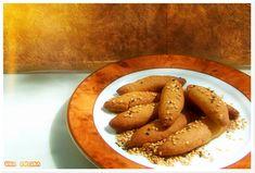 ο Sweets Recipes, Cooking Recipes, Desserts, Greek Cooking, Greek Recipes, Pretzel Bites, Crackers, Crockpot, Sausage