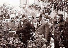 1- Reisicumhur Atatürk'ün tasarruflarında bulunan bütün çiftliklerini Hazineye ihda buyurduklarına dair Başvekalet tezkeresi. Bü...