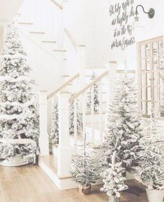 white christmas 24 Winter Wonderland Home Decor Ideas