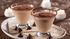 Look at this recipe - Chocolate mandarin dream cocktail - and other tasty dishes on Food Network. Chocolate Cocktails, Chocolate Liqueur, Chocolate Desserts, Chocolate Martini, Decadent Chocolate, Cocktail Desserts, Cocktail Drinks, Cocktail Recipes, Holiday Drinks