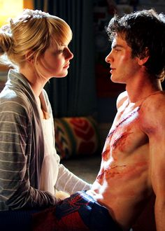 Emma Stone and Andrew Garfield in Amazing Spiderman