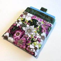 Quilted Padded iPad Sleeve for Original or 2 or 3 by QuiltSewCover, $24.00