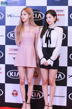 Rose and Jennie Blackpink Fashion, Kpop Fashion Outfits, Asian Fashion, Fashion Dresses, Rose Dress, Pink Dress, Mode Chanel, Black Pink Kpop, Blackpink Photos