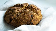 Brown soda bread is studded with sweet golden raisins and savory specks of rosemary, and it's anything but crumbly and bland. Best Bread Recipe, Easy Bread Recipes, Irish Brown Soda Bread Recipe, No Bake Desserts, Just Desserts, My Favorite Food, Favorite Recipes, Brown Bread, Golden Raisins