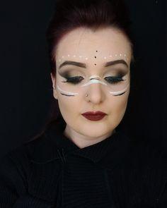 Plan Bee, Makeup Looks, Carnival, Halloween Face Makeup, Make Up, Beauty, Mardi Gras, Makeup, Beleza
