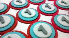 Wah-Hoo Personalized Edible Fondant Cupcake by ThreeMonkeysCakery