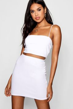 Womens Strappy Crop & Mini Skirt Co-ord Set - white - White - Find Fashion Petite Outfits, Petite Dresses, Style Année 70, Roman Clothes, Vinyl Mini Skirt, Jupe Short, Skirt Co Ord, Plus Size Cocktail Dresses, Vestidos