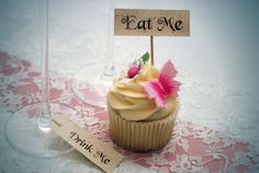I like the butterfly on this cupcake; butterflies can symbolize dreams & illusion.