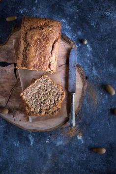 Vegan Apple Nut Cake - Let's celebrate the first Advent - Vegan - Pinnwand Vegan Sweets, Vegan Desserts, Vegan Food, Bread Recipes, Vegan Recipes, Streusel Muffins, Pound Cake, Cakes And More, Banana Bread