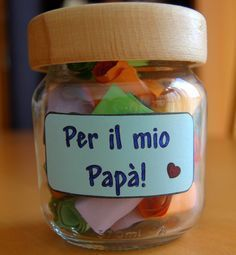 Chores for Father& Day with recycled material (Fo .-Lavoretti per la festa del papà con materiale da riciclo (Foto) Fathers Day Crafts, Gifts For Father, Gifts For Mom, Brick Crafts, Wood Crafts, Diy Wood, Diy Wedding Makeup, Daddy Day, Diy Upcycling