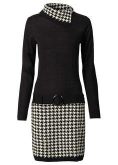 Casual šik na zimu! Pletené šaty s rolákovým golierom a sukňou s kosoštvorcovým vzorom, na bokoch s ozdobným opaskom, dĺžka o veľ. 36/38 cca 90 cm. Vrchný materiál: 100% akryl