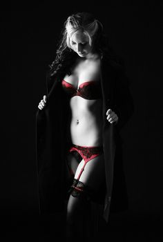 Noir, selective coloring - very nicely done! boudoir- great for women who are super body conscious