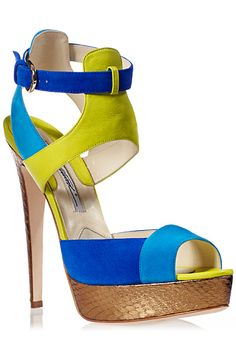 Accessories Archives - The Fashion Bomb Blog : Celebrity Fashion, Fashion News, What To Wear, Runway Show Reviews
