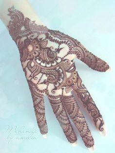 Amelia Mehndi Designs 2013 For Bakra Eid 022
