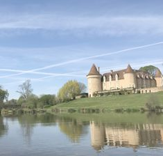 A full Domaine des Etangs review by a boutique hotel French blogger. Discover why this is the perfect luxury escape for families and couples alike.