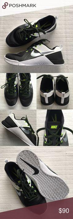 a7146e85fd7 Women s Nike Metcon 1 Crossfit Training Shoes Women s Nike Metcon 1  Crossfit Training Shoes Style