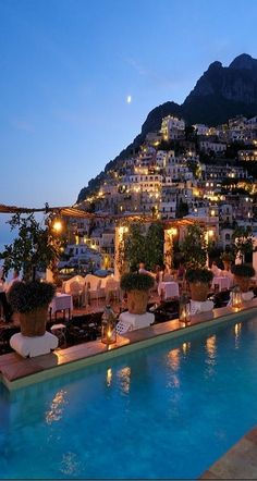 Positano, Italy-  LOOKS MAGICAL, me love ❤