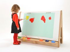 The Double Easel is ideal for group art work.