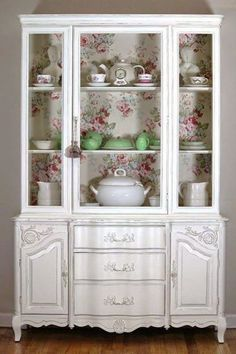 Awesome DIY Shabby Chic Furniture Makeover Ideas – Crafts and DIY Ideas - Dekoration Ideen 2019 Chic Decor, Shabby Chic Diy, Decor, Furniture Makeover, Shabby Chic Style, Chic Kitchen, Vintage Decor, Shabby Chic Kitchen, Chic Furniture