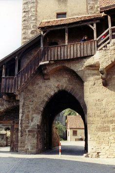 Klingen Gate - Rothenburg, Germany - [1066 x 1600]