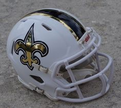 NEW ORLEANS SAINTS WHITE SPEED CHROME DETAIL CONCEPT FOOTBALL MINI HELMET