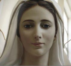 Medjugorje, Bosnia Herzegovina La Virgen María se aparece a seis niños el 24 de junio de 1981, en un país dominado por el comunismo…
