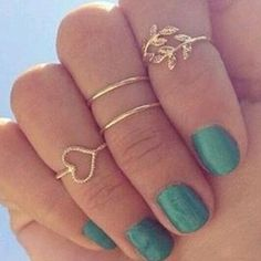 4 Piece Golden Midi Ring Set