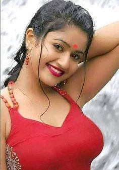Beautiful Blonde Girl, Beautiful Girl Indian, Beautiful Indian Actress, Beautiful Women, India Beauty, Asian Beauty, Indian Bikini, Desi Love, Beauty Full Girl