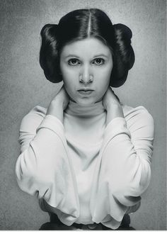 Carrie Fisher, as Princess Leia, in a promo shot for Star Wars, Star Wars Film, Star Wars Art, Princesa Leia, Leia Star Wars, Darth Revan, Merle Oberon, Alec Guinness, The Blues Brothers, Tv Star